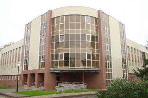 Промышленный районный суд г. Курска 1